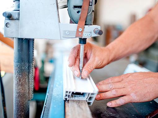 fabrico de janelas, montagem de janelas, montagem de portas, fabrico janelas pvc, fabrico janelas em aluminio